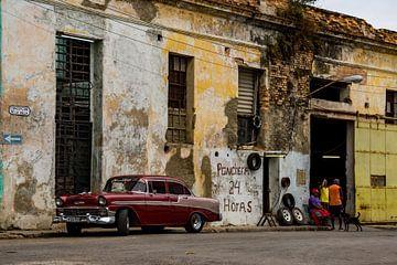 Autowerkstatt in Kuba von Jorick van Gorp