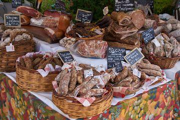 Regionale worst specialiteit op een Franse markt van Ad Jekel