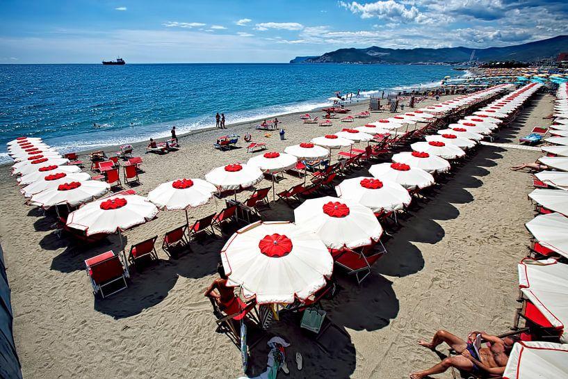 Italiaans strand van Johan Wouters
