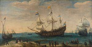 Een aantal Oost-Indiëvaarders voor de kust, Hendrik Cornelisz. Vroom