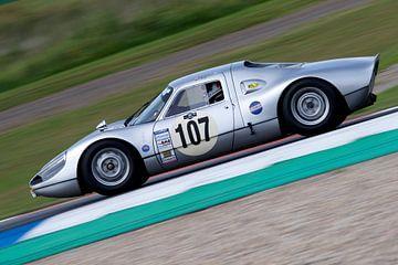 Porsche raceauto sur