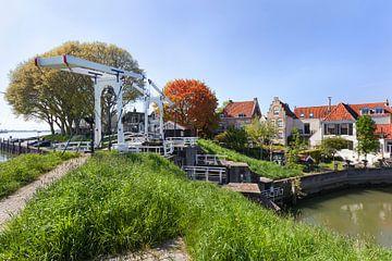 Dorfansicht des malerischen Schoonhoven mit Zugbrücke von Peter de Kievith Fotografie