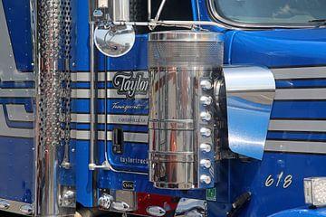 Close-up van Amerikaanse Peterbilt vrachtauto van Ramon Berk