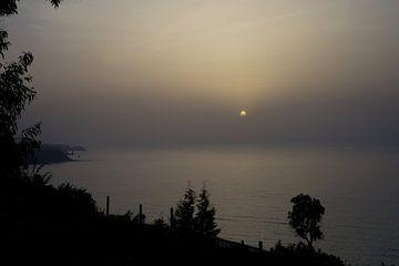 Mysterieuze zonsondergang in Italië van Karen van Eunen