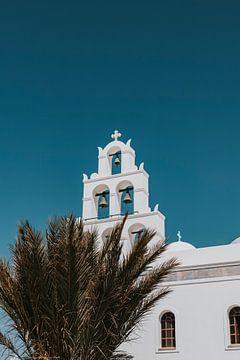 Orthodoxe Kirche in Oia, Santorini Griechenland von Manon Visser