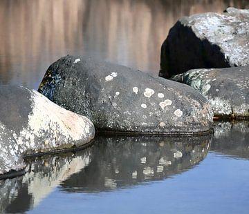 Stilleven van rotsblokken van Mieneke Andeweg-van Rijn