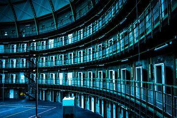 Urbex - cellenblok leegstaande koepel gevangenis van Tess Groote