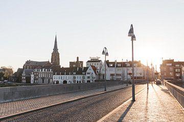 Sonnenaufgang Sint Servaasbrug Maastricht von Quinten Tolboom