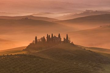 Sonnenaufgang in der Toskana von Achim Thomae