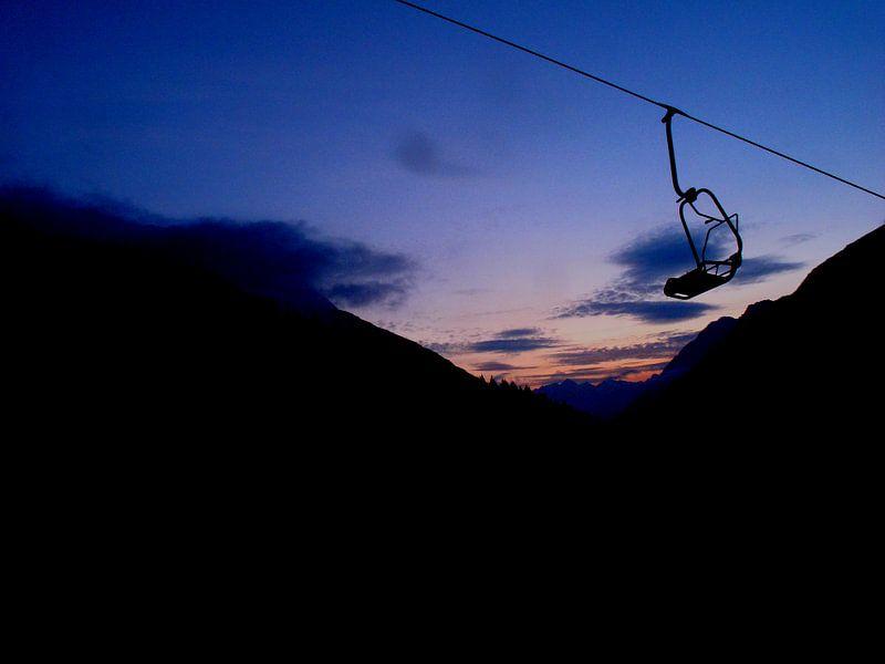 Chairlift in Sunrise van menno visser