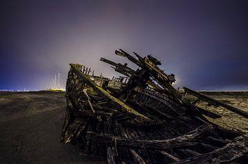 Shipwreck by Night