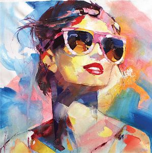 Dame met zonnebril van