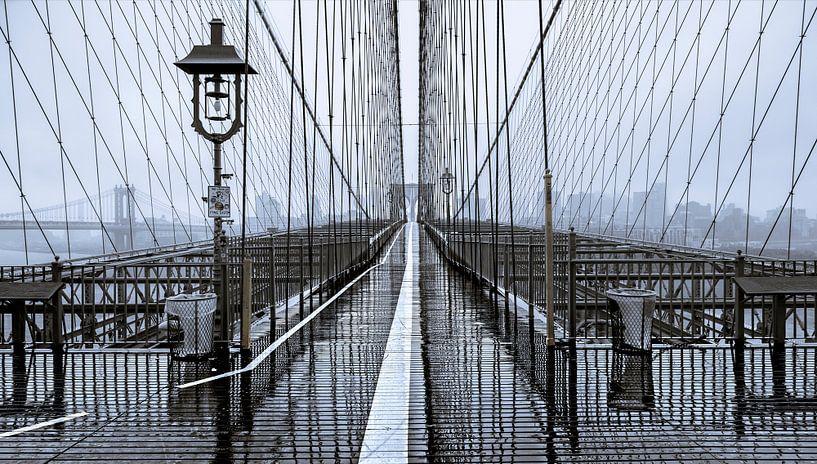 Brooklyn Bridge Pedestrian Walkway van Nico Geerlings