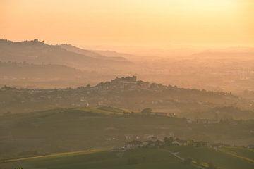 La Morra, Italien von Thomas Bartelds