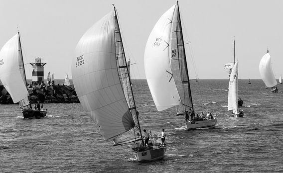North Sea Regatta 2014 van Marian Sintemaartensdijk
