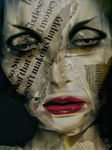 The woman with the newspaper