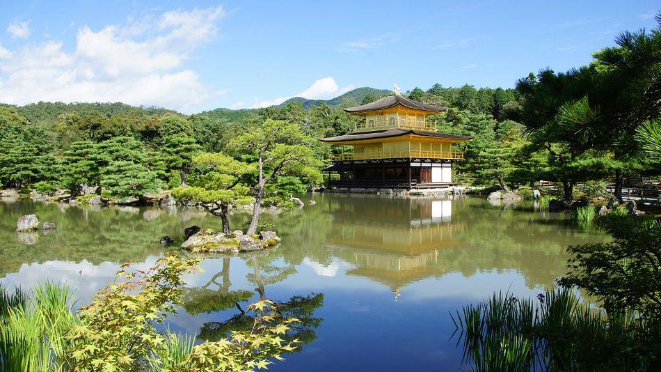 Gouden tempel in Kyoto in Japan van Aagje de Jong
