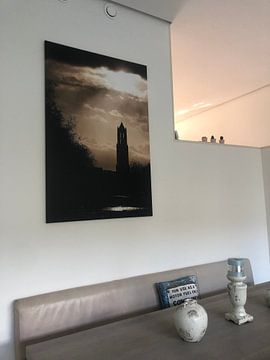 Klantfoto: De Domtoren onder een dreigende lucht. van Ramon Mosterd