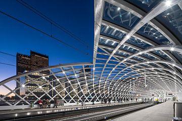 Station de métro La Haye Central sur Raoul Suermondt