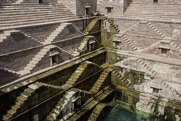 Step Well - Toorji Ka JhalaraErfgoed in Jodhpur, Rajasthan, India van Tjeerd Kruse