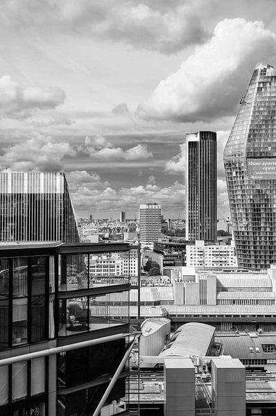 London, a room with a view van Mark de Weger
