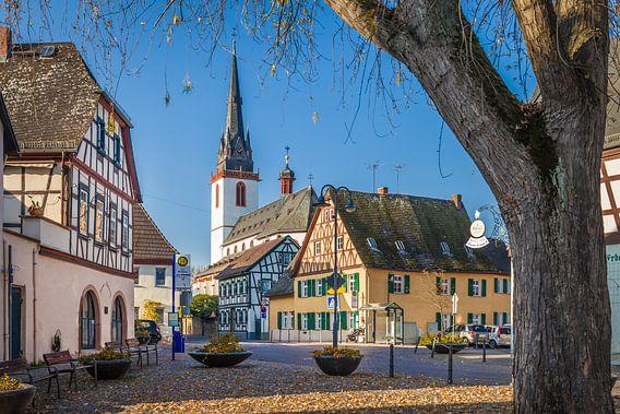 Marktplatz vom Weindorf Erbach im Rheingau
