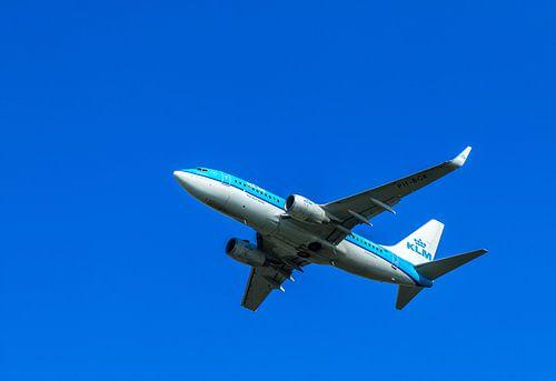 KLM Boeing 737 stijgt op