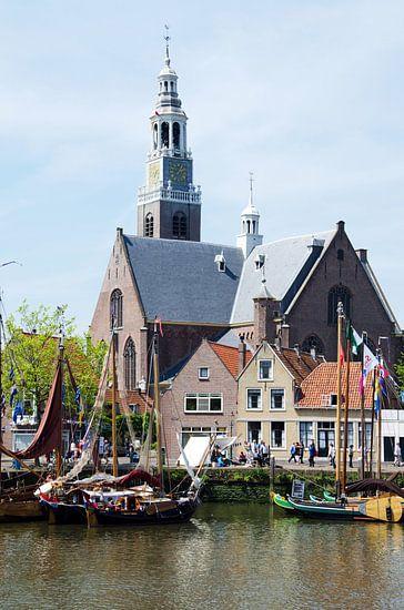 Groote Kerk Maassluis met historische schepen