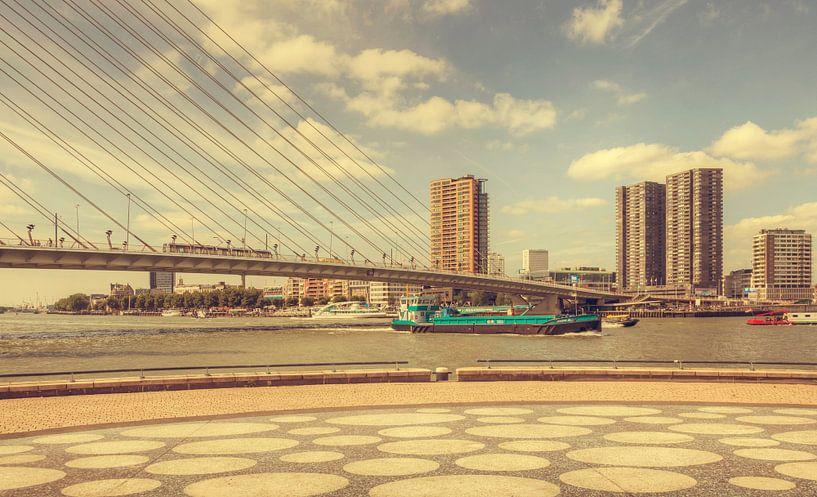 Erasmusbrug Rotterdam (vintage) van John Kreukniet