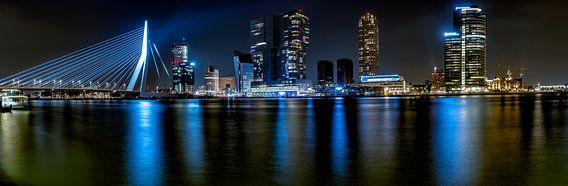 Rotterdam bij nacht van Rene Siebring