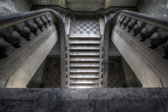 Canon ball staircase van Steve Mestdagh