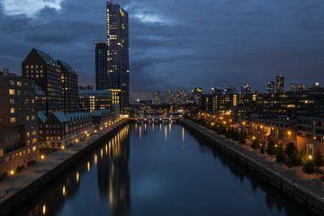 Water, lights, Rotterdam (DG) van Jun Tian