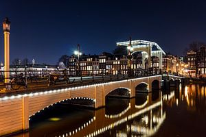 Magere brug over de Amstel
