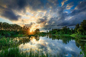 Een prachtige zonsondergang van Nando Harmsen