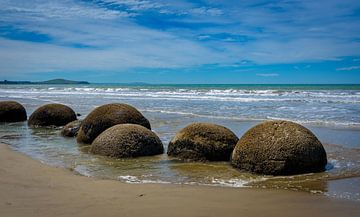 Moeraki Boulders, Nieuw Zeeland van Rietje Bulthuis