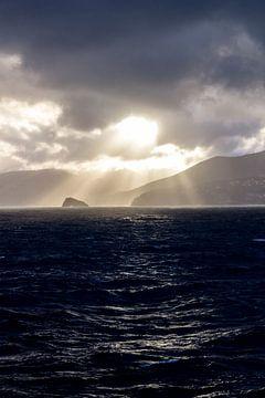 Storm op zee 1 von Lina Heirwegh