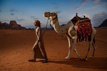Kamelwärter Jordan Wadi Rum Wadi Rum von Paula Romein