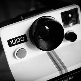 Vintage Analoge Polaroid Camera    zwart-wit foto van Diana van Neck Photography