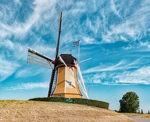 Grondzeiler De Hoop aan de Zuiddijk, Sint Philipsland, Tholen, Zeeland, Nederland van Rene van der Meer