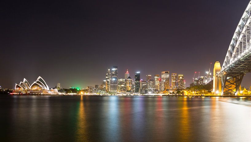 Sydney Harbour van Dusty Bisschops