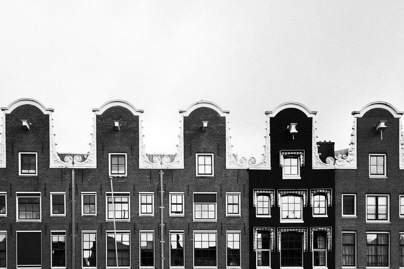 Grachtenpanden in Amsterdam van Robert-Paul Jansen