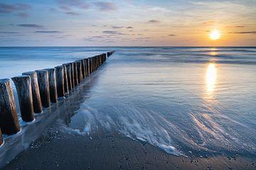 Coucher de soleil sur la plage d'Ameland