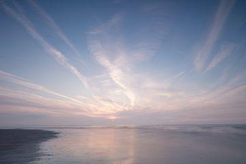 Avondlucht boven de Noordzee von