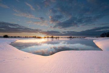 Winterlandschap IJssel van Douwe Deinema