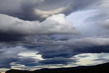 Unwetterwolken von Karina Baumgart