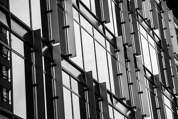Moderne architectuur op de Zuidas in Amsterdam sur Xandra Ribbers