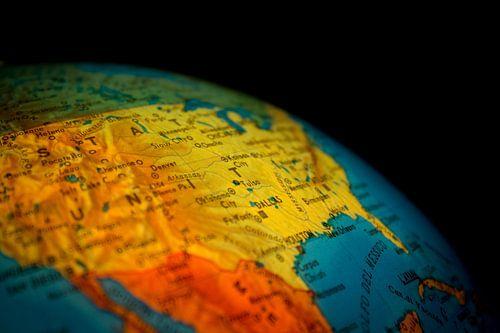 Globe Close-up van World Maps