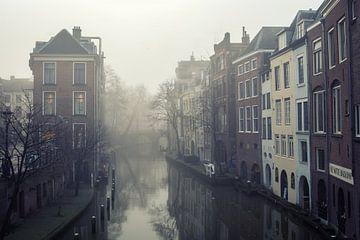 Mist boven de Oudegracht in Utrecht bij de Lichte Gaard von De Utrechtse Grachten