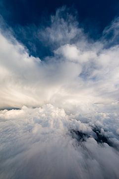 Wolkenreise von Denis Feiner
