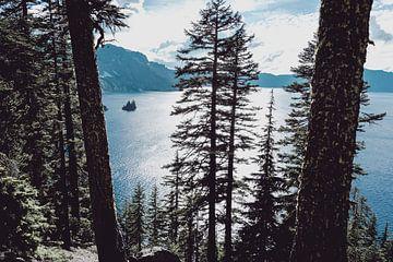 Crater Lake Blue, Nature Magick  von PI Creative Art